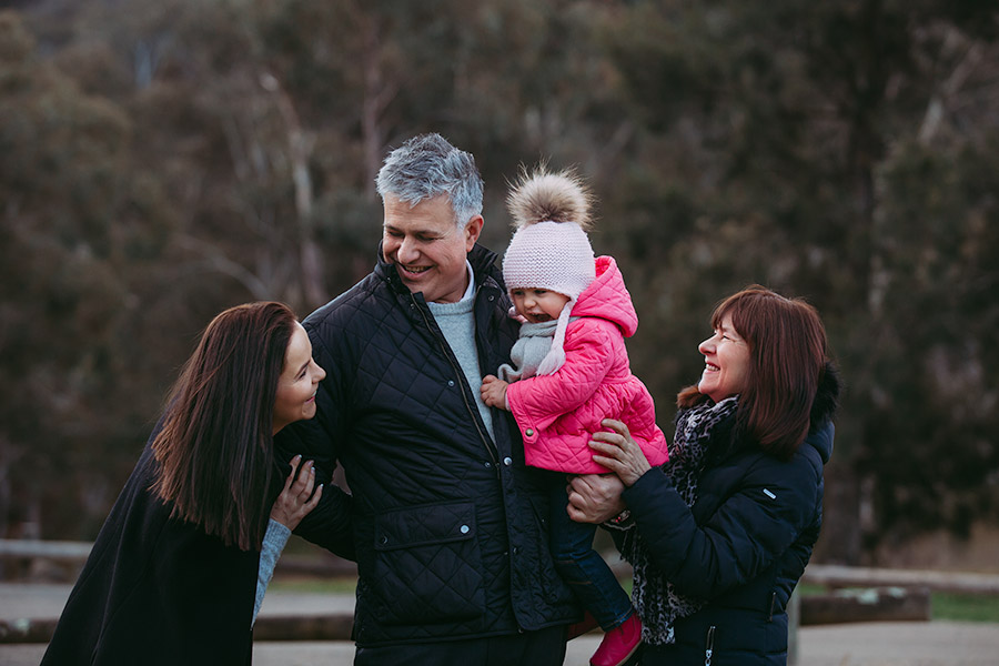 Family shoot in freezing Canberra